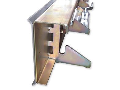 metal reusable bulkhead