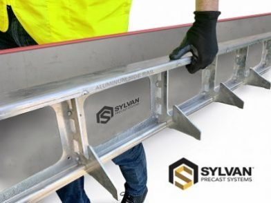 ALUMINUM-RAIL-holding-by-hand
